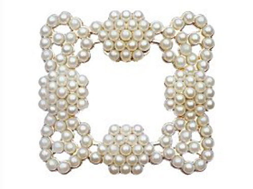 Pearl Buckle in Goldtone Shoe Clips