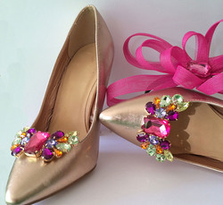 Holly Shoe Clips