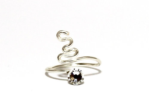 Squiggle design Toe Ring made with one Swarovski Crystals