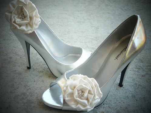 Lizzy Ivory Rose Rhinestone Shoe Clips