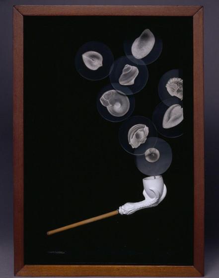 Joseph Cornell, Object (Soap Bubble Set)
