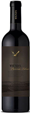 Volada Preium Release Blend is a fatastic blend of Cabernet Sauvignon, Carmenere ad Syrah. Produced with the best quaity of grapes from our oldest vines, 80+ years old.