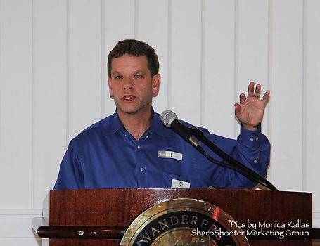 Stuart Hack speaking at Wellington Chamber