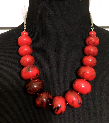 Red Marble Chunky Necklace w/Earrings