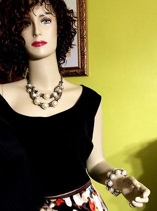 Cream Pearl Metal Necklace Set