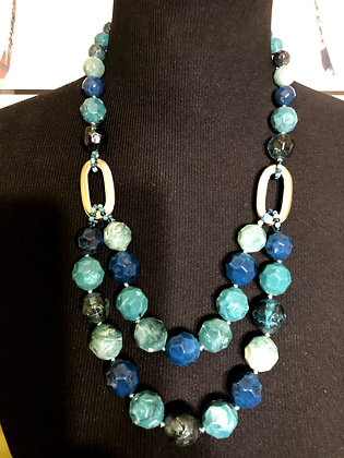Double-Layered Resin Hexagon Necklace w/ Earrings