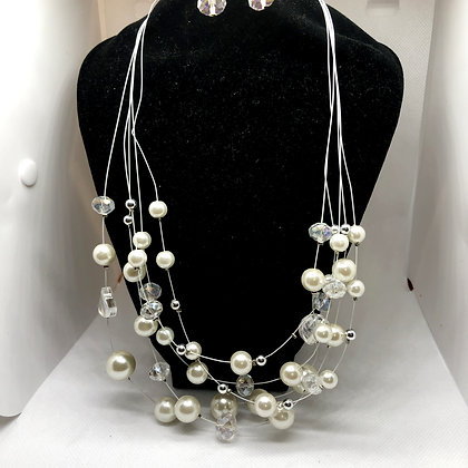Elegant Pearl and Glass Necklace Set
