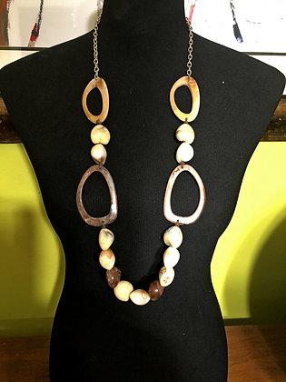 Geometrically Designed Resin Necklace w/ Earrings