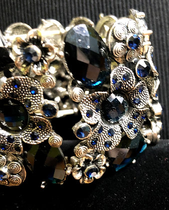 Dark Blue and Antiquated Silver Flower Stretch Bracelet