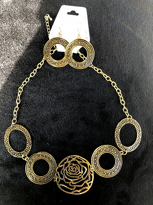 Rose in the Middle Burnished Goldtone Necklace Set