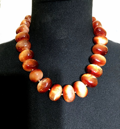 Glazed Oval-Shaped Faux Marble Necklace