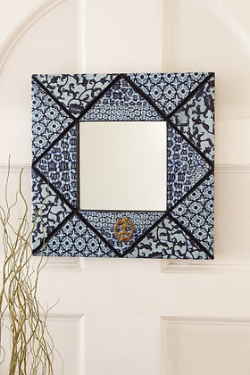 "24"" Square Waxed  Cloth Mirror"