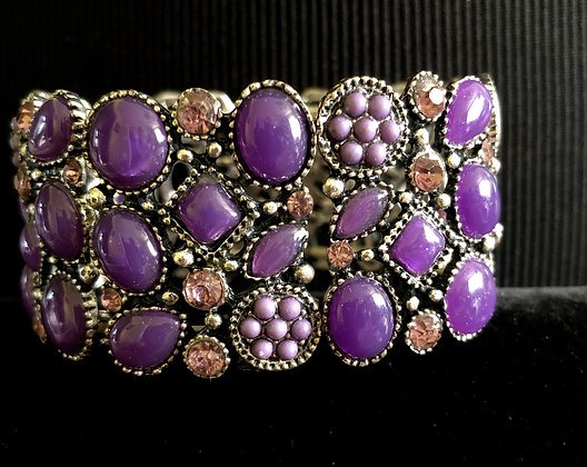 Stunning Stretch Bracelet with Gemstones