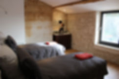 9 - Chambre 4.JPG