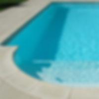 piscine coque polyester Bequia.jpg