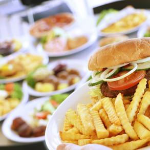 Bigburger med pommes frites