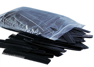 7 Black Comb (144 pieces per polybag) C7