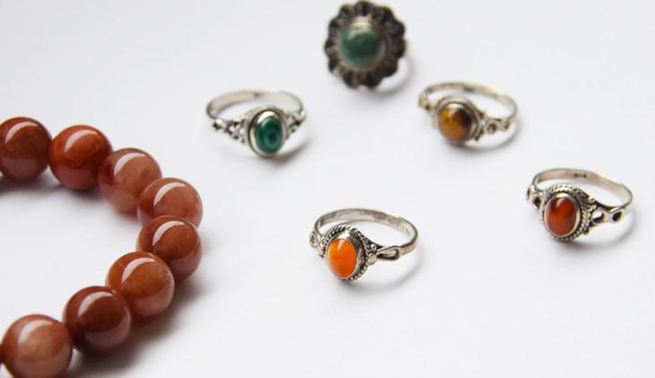 Jewellery_1_SQUARE.jpg