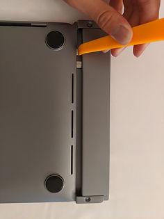 install 6b use plastic tool to push.jpg