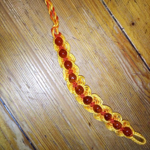 Bracelet Agate cristallisée orange 13€