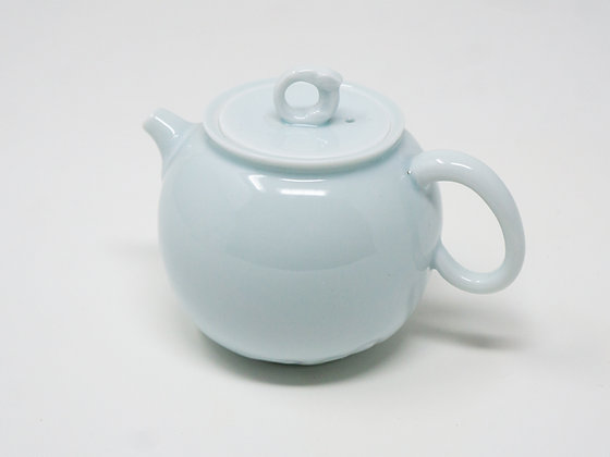Taiwan Yingge (鶯歌) porcelain Teapot