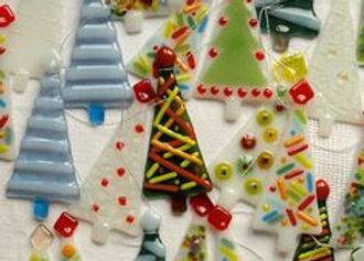 Fused-Glass-Christmas-Ornaments-2.jpg