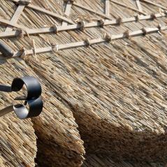 Cutting a thatched ridge patern