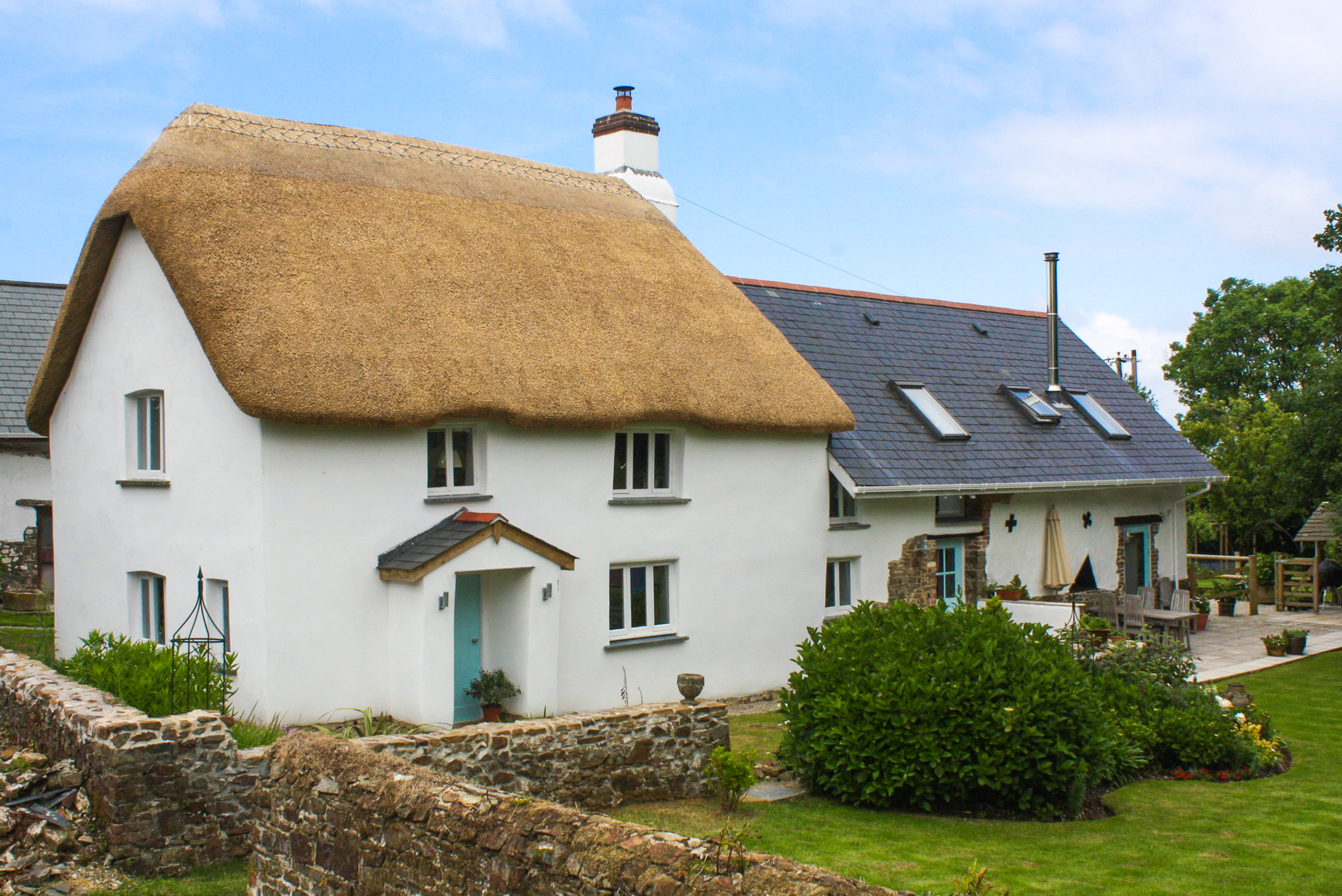 Nice clean thatch