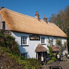 Thatched pub, Lustleigh, Devon.