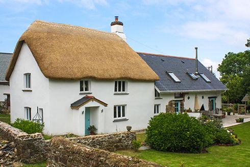 Thatched Cottage, Torrington. Mark Harrington Master Thatcher