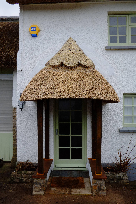 Thatched porch - Cobbaton, Devon