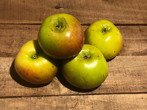 Bramley apples (per 4 pack)
