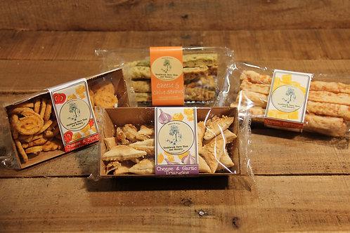 Stockbrook Farm Cheese & Garlic Triangles 65g