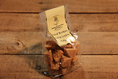 Stockbrook Farm Hand Broken Clotted Cream Fudge 150g