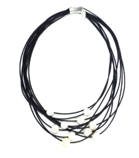 Louise Necklace - Black