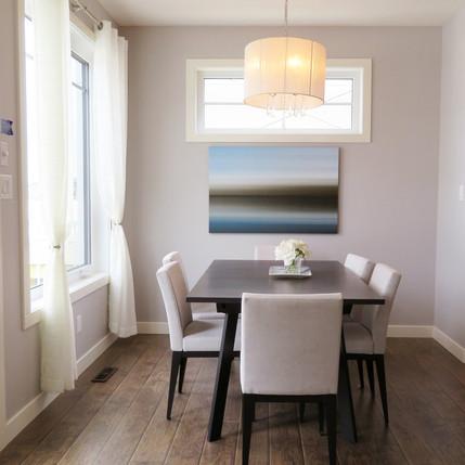 dining-room-2485946_1920.jpg
