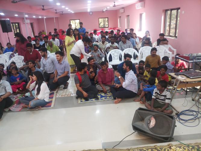 Amity University students at Seal Ashram