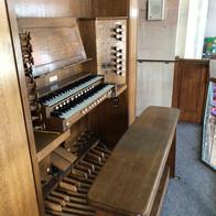 East Organ console