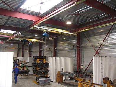 ceiling mounted Niko.JPG