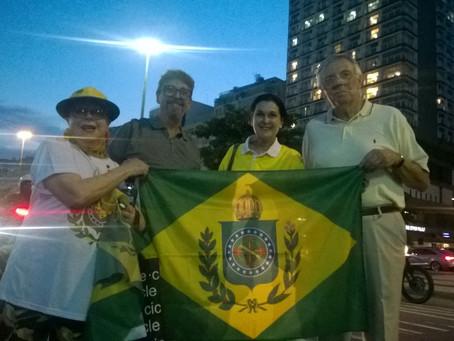 Monarquistas e Família Imperial vão às ruas em apoio à justiça
