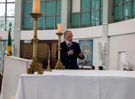 Dom Antonio comparece a seu primeiro evento público após ser curado da Covid-19