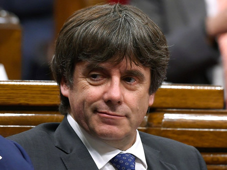 Puigdemont exila-se em Bruxelas