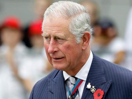 Príncipe Charles testa positivo para o novo coronavírus