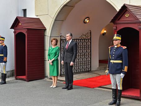 Premiê romeno opõe-se a lei que confere benefícios à Família Real