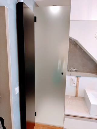 Douchedeur in extra klaar gehard glas