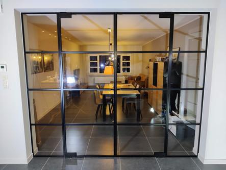 Dubbele steellook glazen deur met twee v
