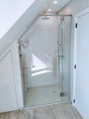 Douchedeur met zijpanelen