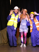 Hjalmar, Serael & Janet in 'Goldilocks & The Three Bears' Sept-Oct '18, Sydenham