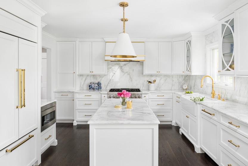 1010 Thunderbird Lane kitchen