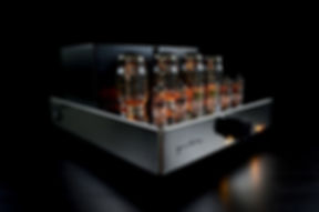 Audio Hungary Qualiton A50i Integrated tube amplifier